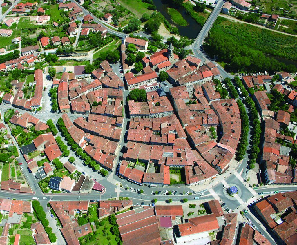 Photo de la ville de Labruguière vue du ciel